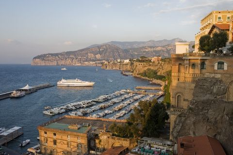 Sorrento: located over steep cliffs with fantastic view