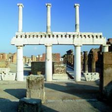 Visit both: The excavations of Pompeii and Herculaneum
