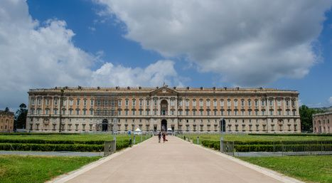 The Royal Palace of Caserta (© dudlajzov - Fotolia)