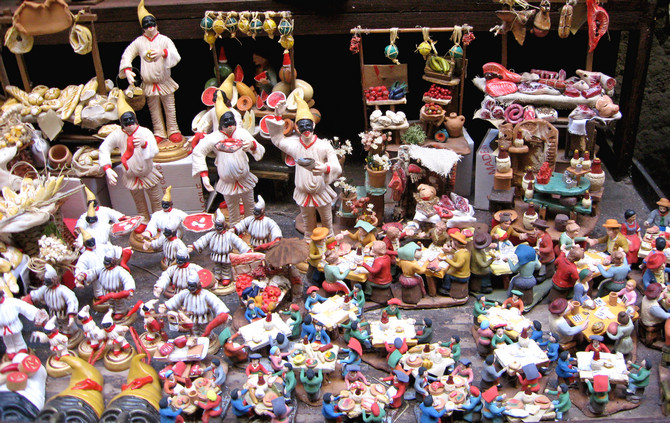 Crib figures in Via San Gregorio Armeno (© Portanapoli.com)